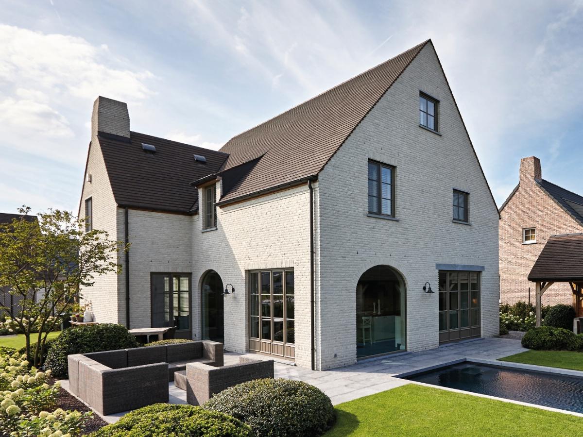 Sleutel op de deur bouwbedrijf villabouw knokke for Landelijke villa bouwen