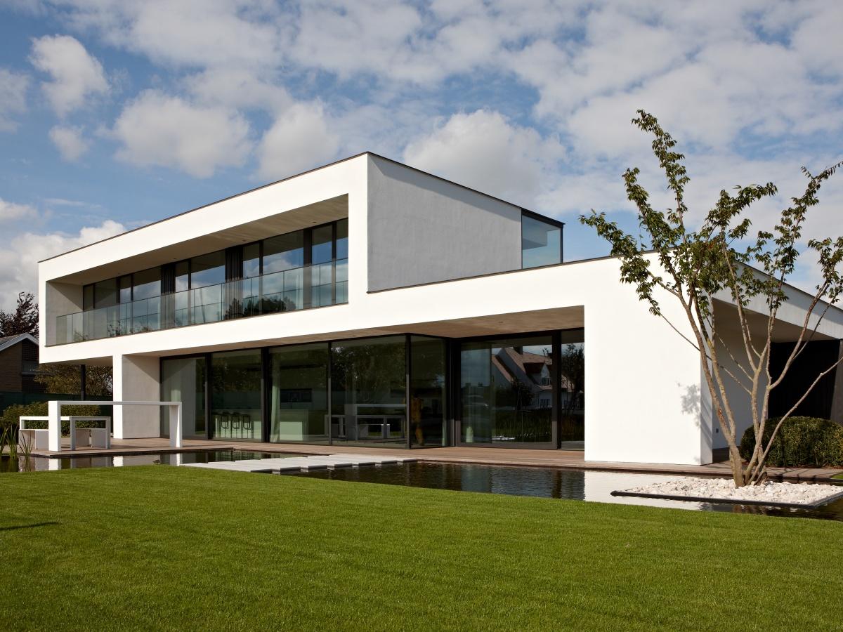 Sleutel op de deur bouwbedrijf villabouw knokke for Moderne villabouw